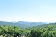Hiking along Hawksbill Mountain and Lewis Falls